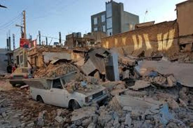  رییس اتاق تعاون کردستان: کاروان بزرگ کمکهای تجار و بازرگانان، راهی کرمانشاه شد