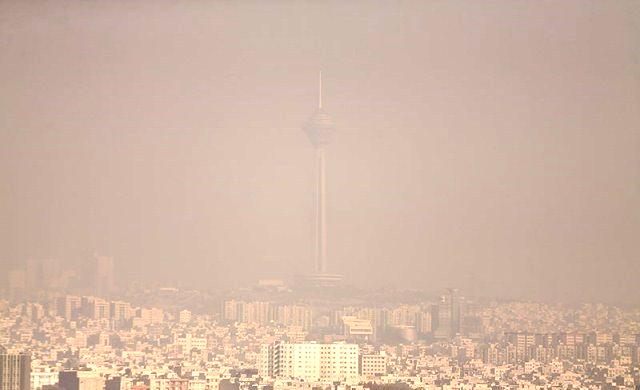 افزایش آلودگی هوا در تهران/آیا ادارات تعطیل میشود