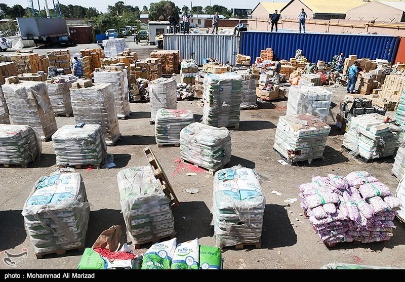 حمایت از کالای ایرانی راه خنثی کردن توطئه دشمن/ قاچاق کالا کمر تولید داخل را خم کرده است